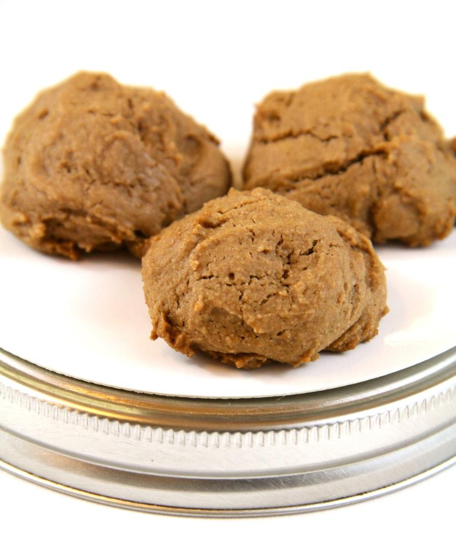 gluten-free hazelnut (nutella) cookies