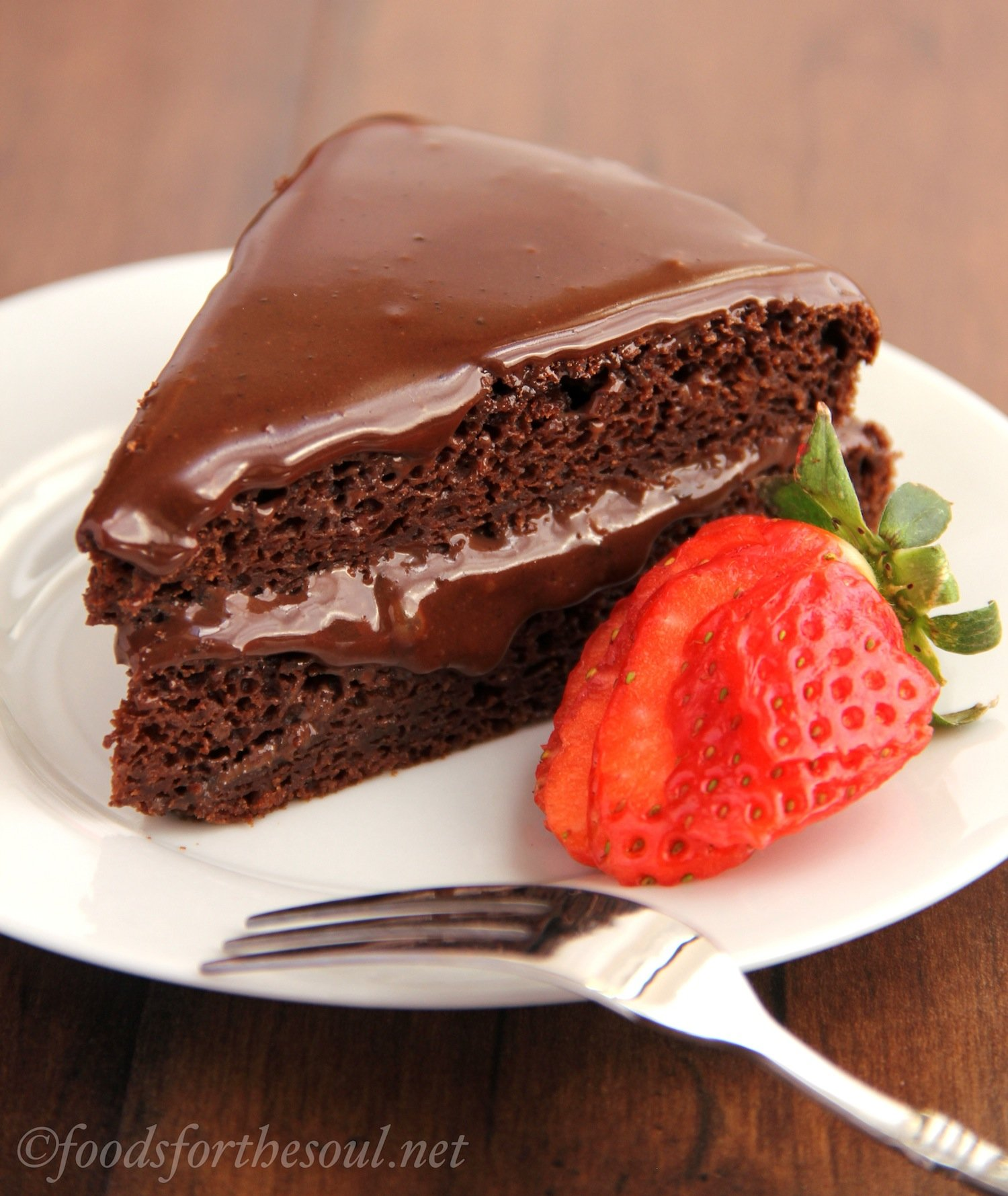 fat-free chocolate cake with fudgy chocolate frosting