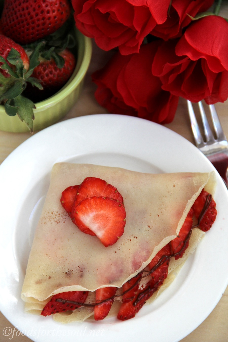 strawberry nutella crêpes