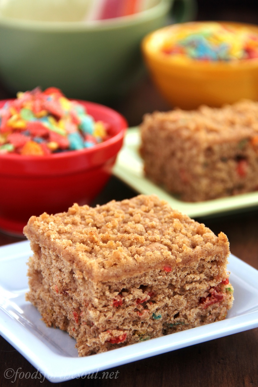 Funfetti Coffee Cake -- a cinnamon crumb cake without any sprinkles!