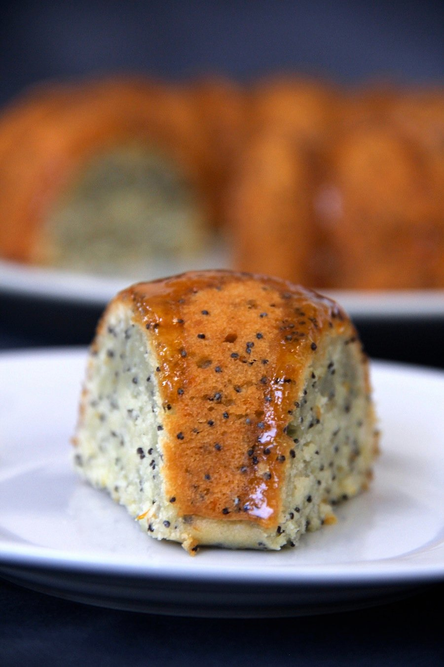 orange and poppy seed bundt cake