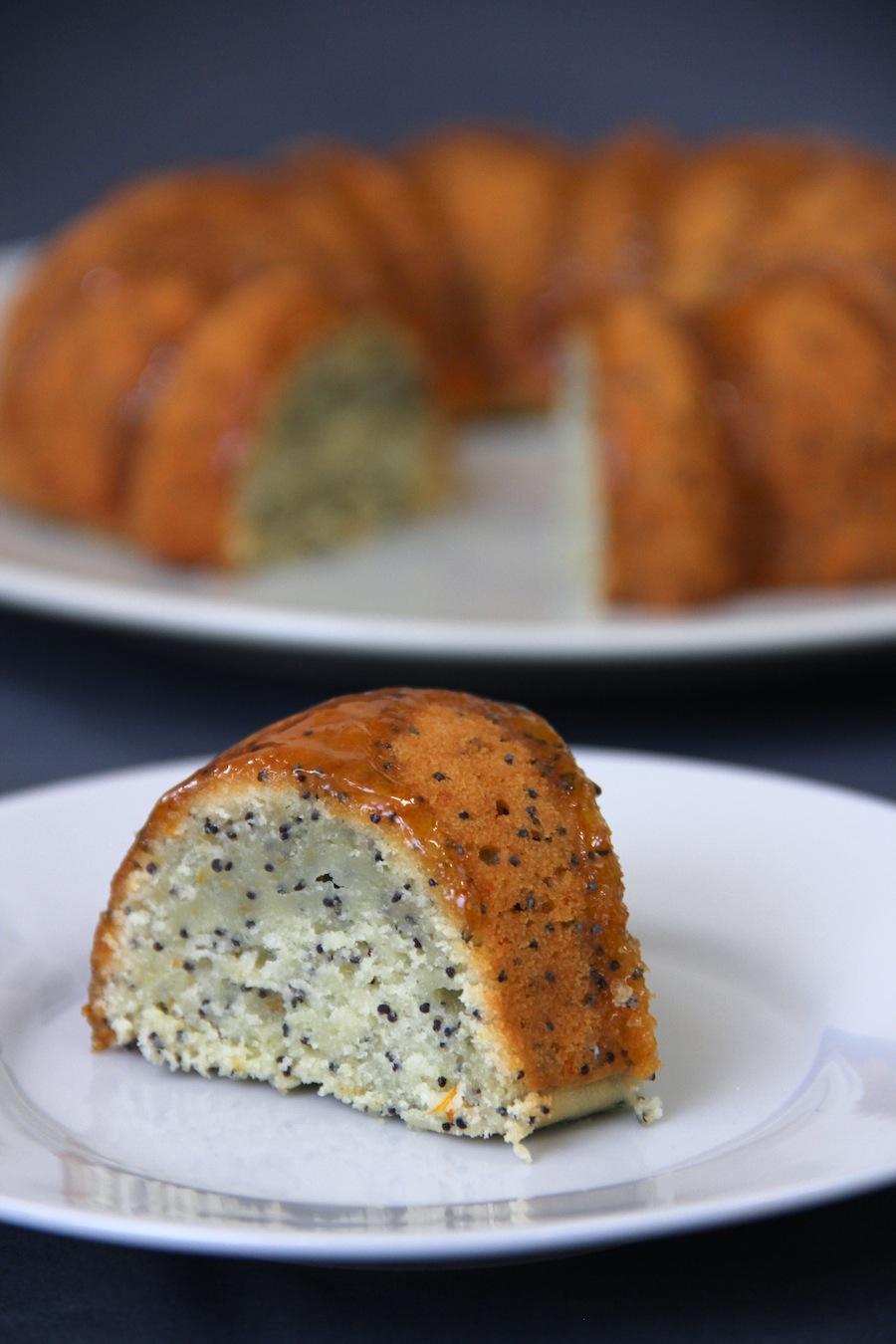 orange and poppy seed bundt cake