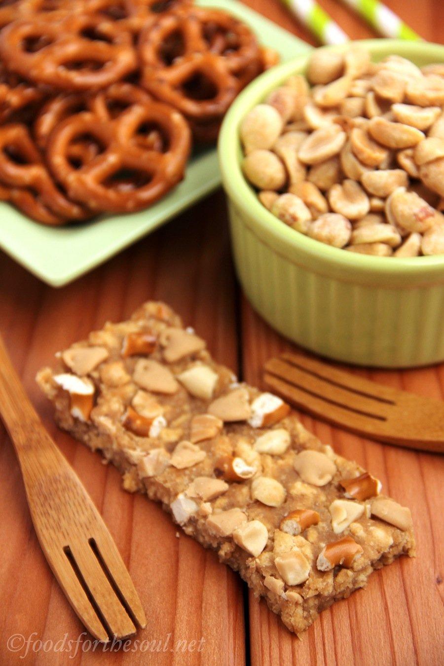 peanut butter pretzel bars - mojo copycat