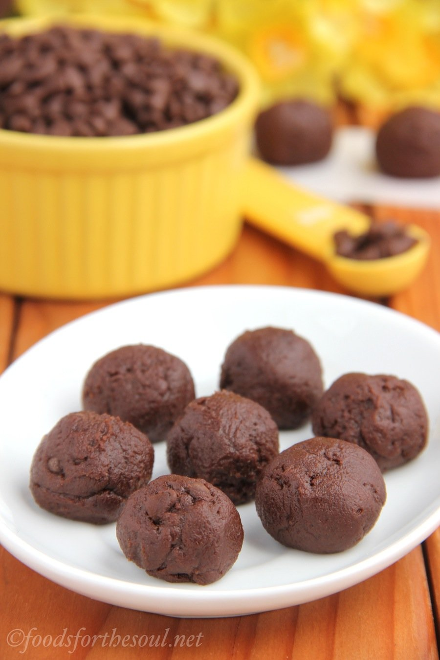 Double Chocolate Cookie Dough Bites! This no-bake recipe tastes like fudgy brownies & is safe to eat raw!