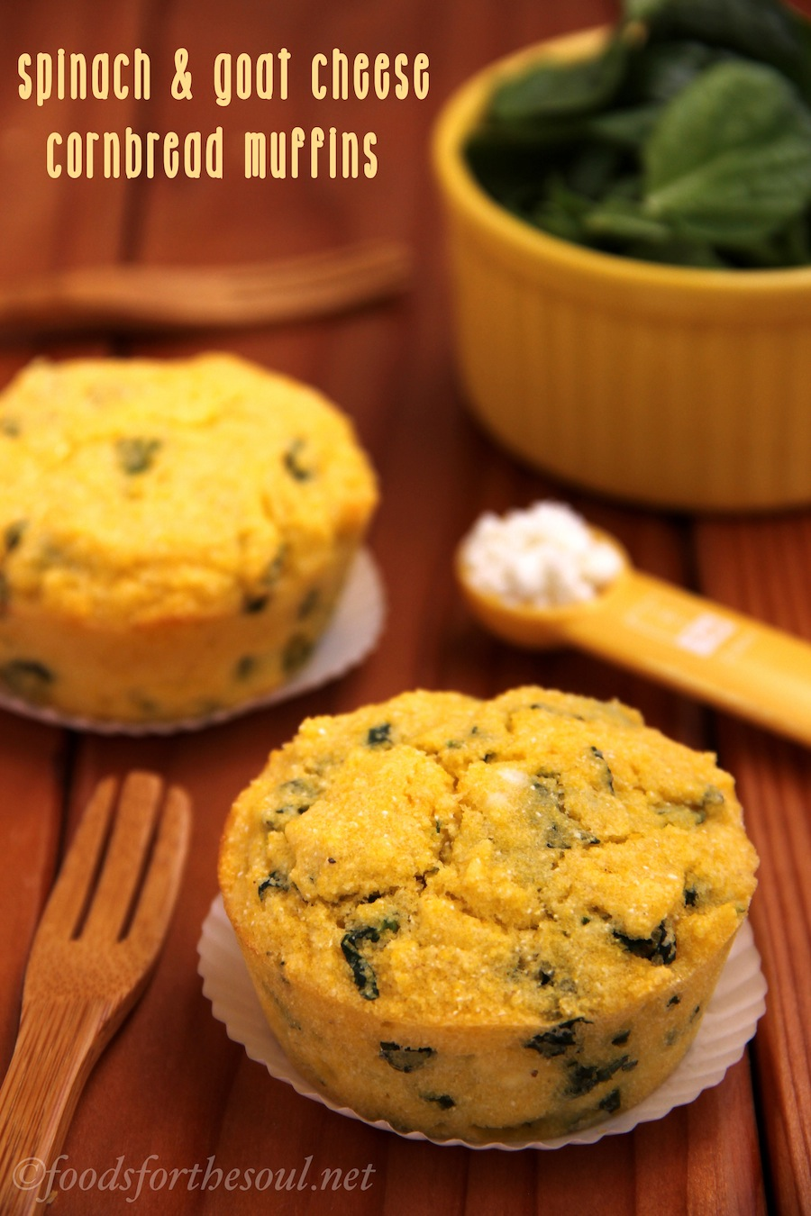 Spinach and Goat Cheese Cornbread Muffins -- moist and crumbly, just the way cornbread should be! [Gluten-free + clean-eating] | by Foods for the Soul {foodsforthesoul.net}