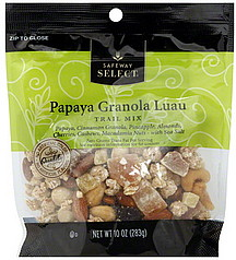 Papaya Granola Trail Mix | Sunday Funday #1 on foodsforthesoul.net