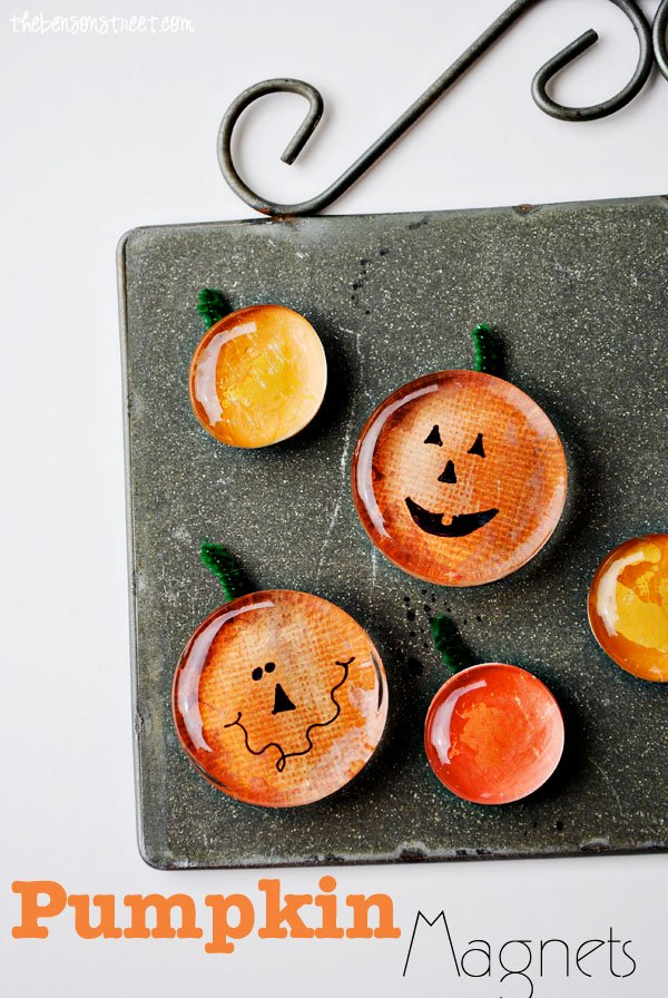 Pumpkin & Jack-O-Lantern Magnet Tutorial | Sunday Funday #2 on foodsforthesoul.net