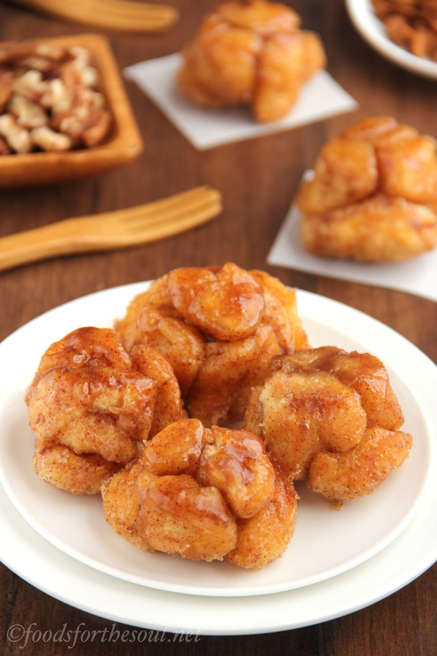 Skinny Monkey Bread Bites -- a guilt-free version of the classic favorite!