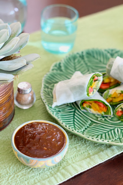 Mango Vegetable Spring Rolls -- the perfect Thanksgiving detox! {Sunday Funday #8 on foodsforthesoul.net}