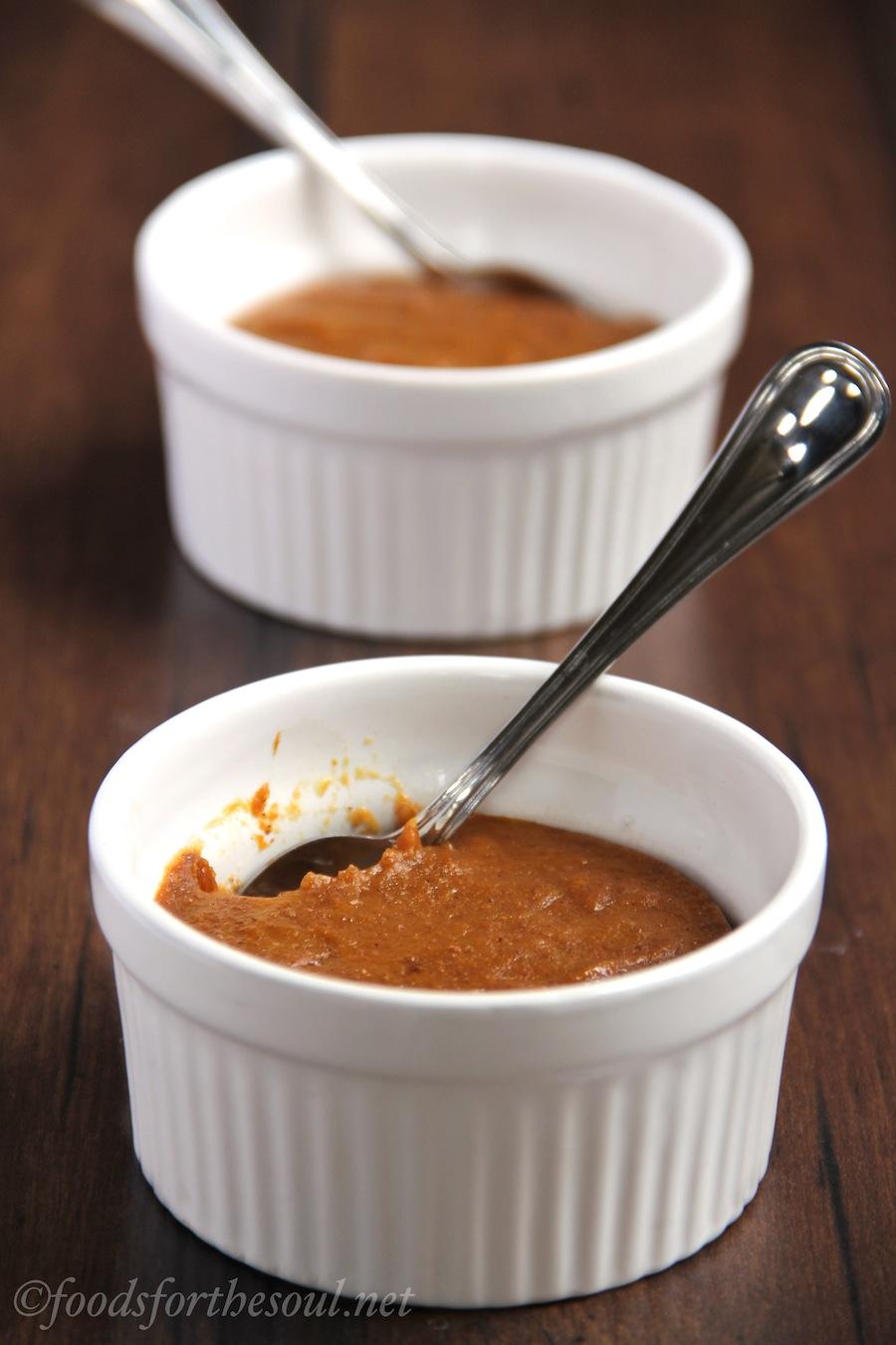 Pumpkin Custards -- a skinny alternative to pumpkin pie. They're practically fat-free!