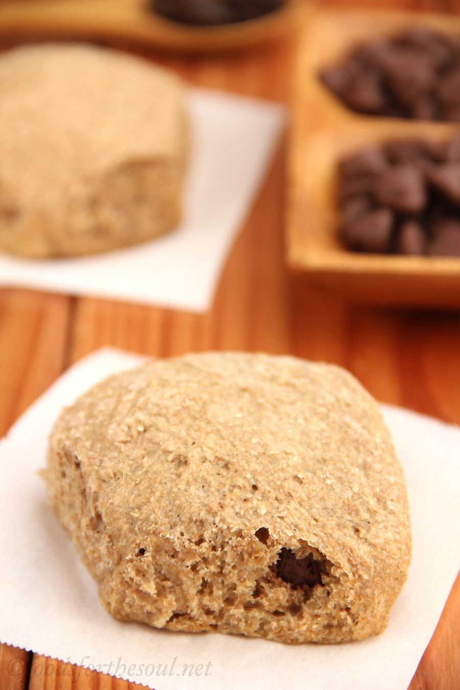 Chocolate-Filled Wheat Rolls -- the center tastes like a chocolate croissant! {clean eating & low fat}