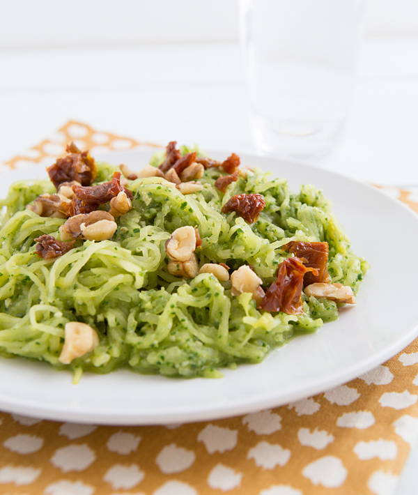 Spaghetti Squash with Garlicky Kale Pesto -- so excited to try this! {Sunday Funday #5 on foodsforthesoul.net}