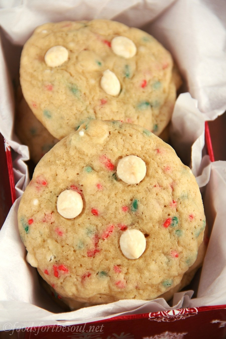 White Chocolate Funfetti Christmas Cookies -- so soft & chewy. You'd never guess it from their rich buttery flavor, but they're secretly skinny!
