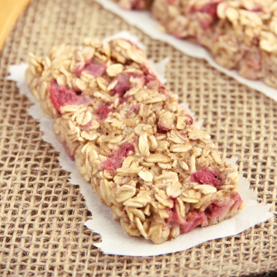 Strawberry banana granola bars amys healthy baking ccuart Image collections