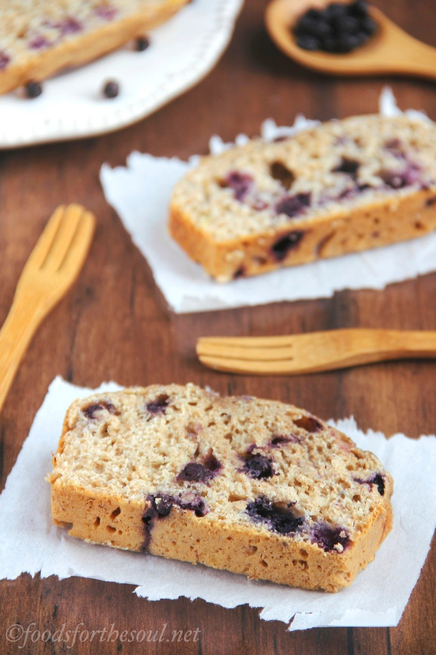 Whole Wheat Blueberry Banana Bread -- an easy recipe for a skinny, clean-eating treat!