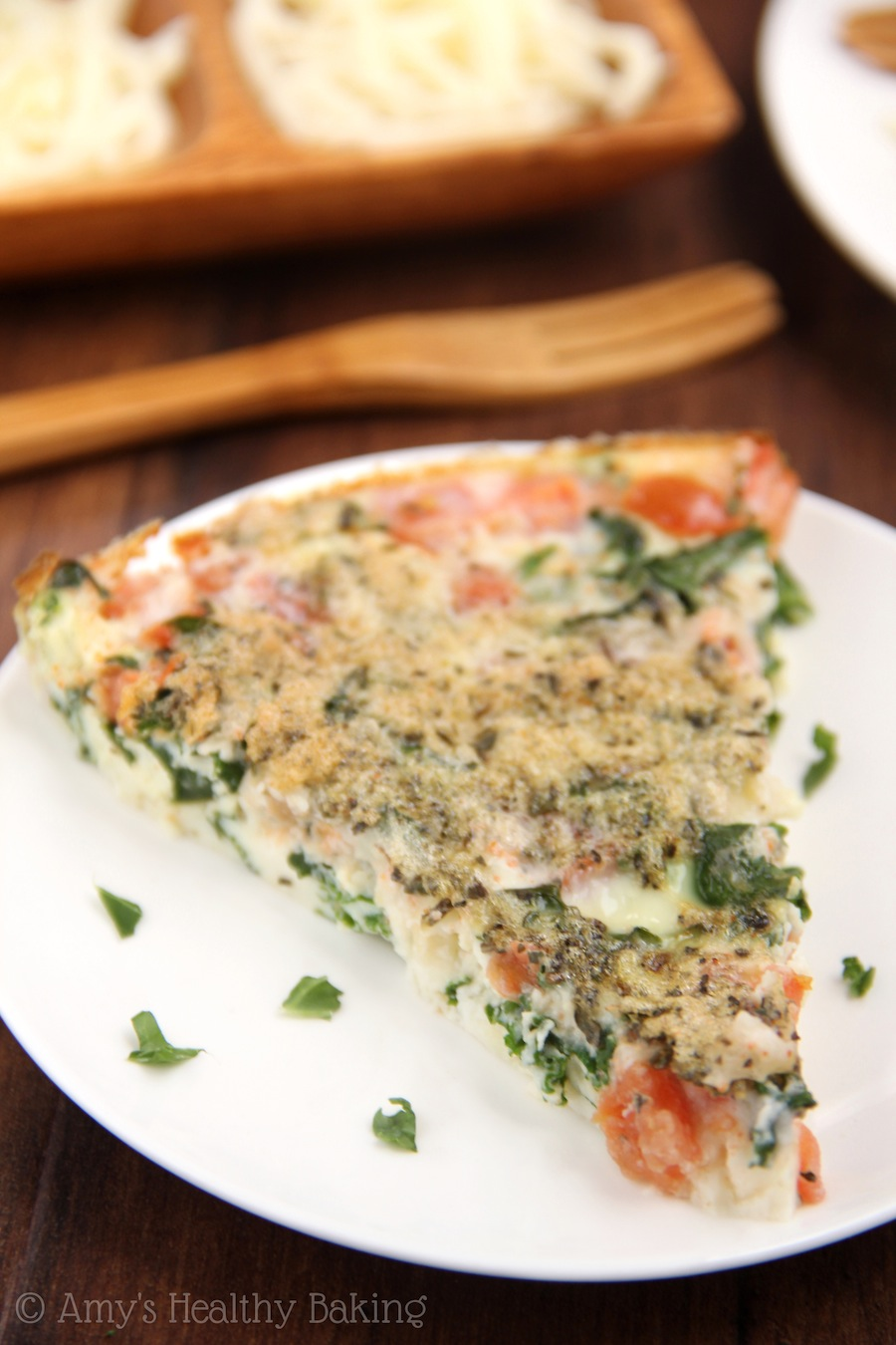 Skinny Kale & Tomato Quiche -- clean-eating, SO easy to make & packed...