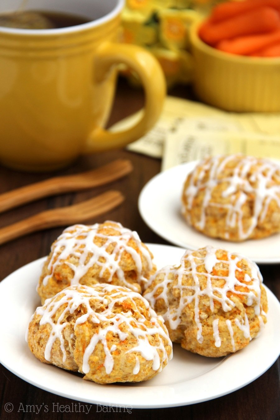 Carrot Cake Scones -- secretly healthy breakfast pastries that taste like dessert!