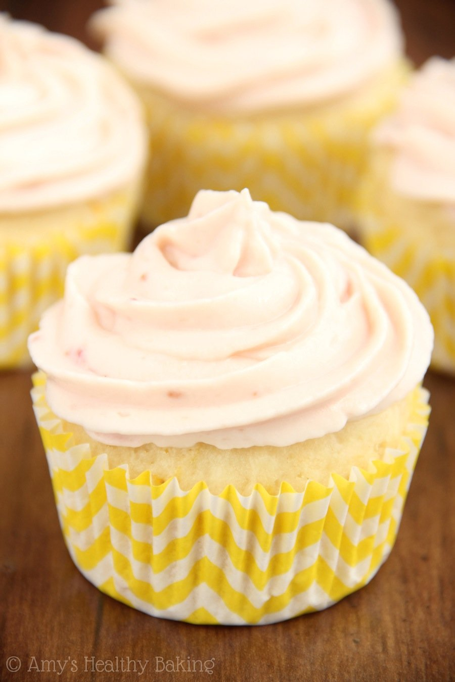 Cupcake on yogurt: recipe with photos 99