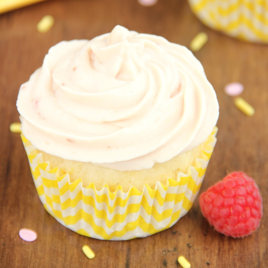 Cupcake on yogurt: recipe with photos 73