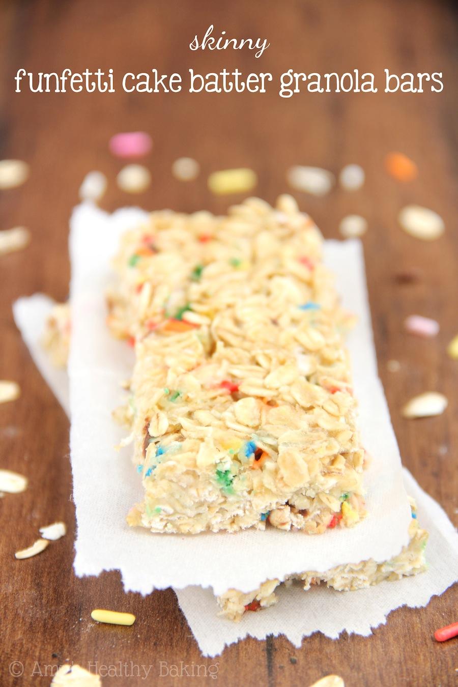 Skinny Funfetti Cake Batter Granola Bars -- super cute & low-calorie too!