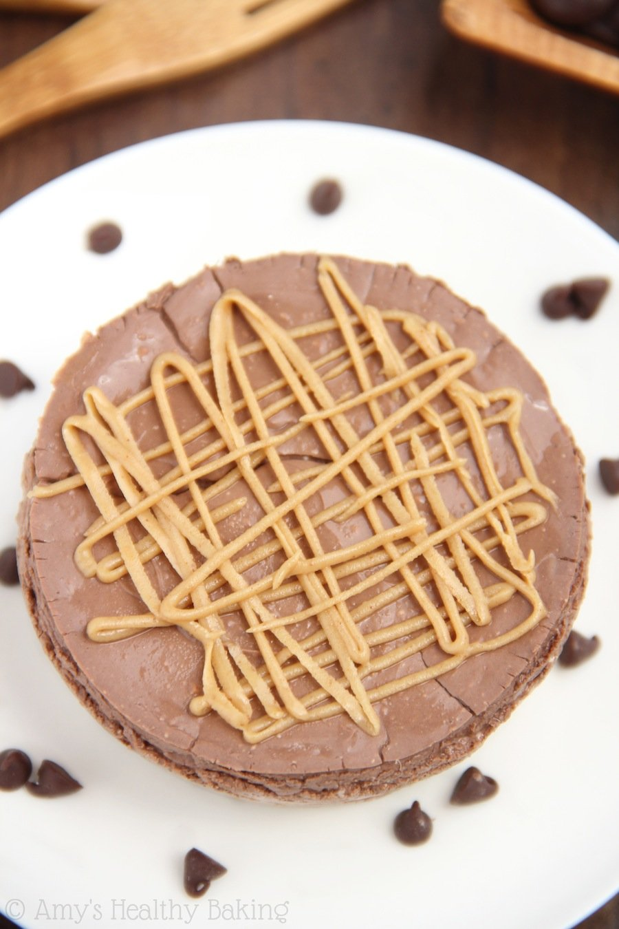 Skinny Chocolate & Peanut Butter Breakfast Cheesecakes -- a recipe packed with 15 grams of protein & NO refined sugar!