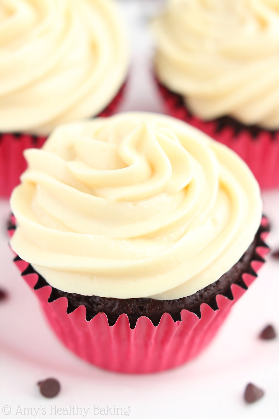 ... Chocolate Cupcakes with Dulce de Leche Frosting | Sweet Little Thang