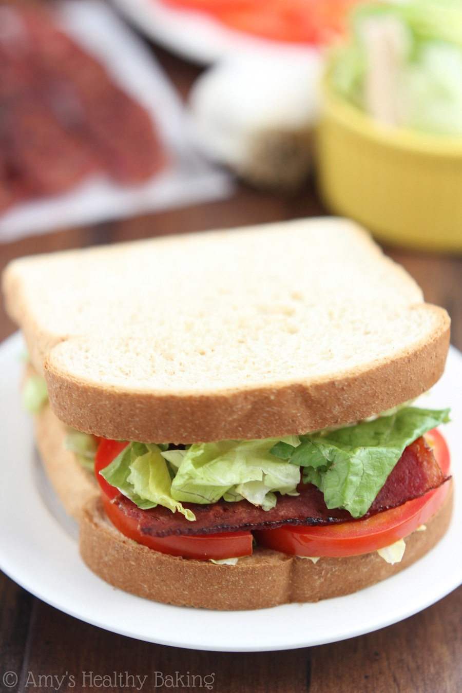 Skinny BLTs with White Garlic Sauce