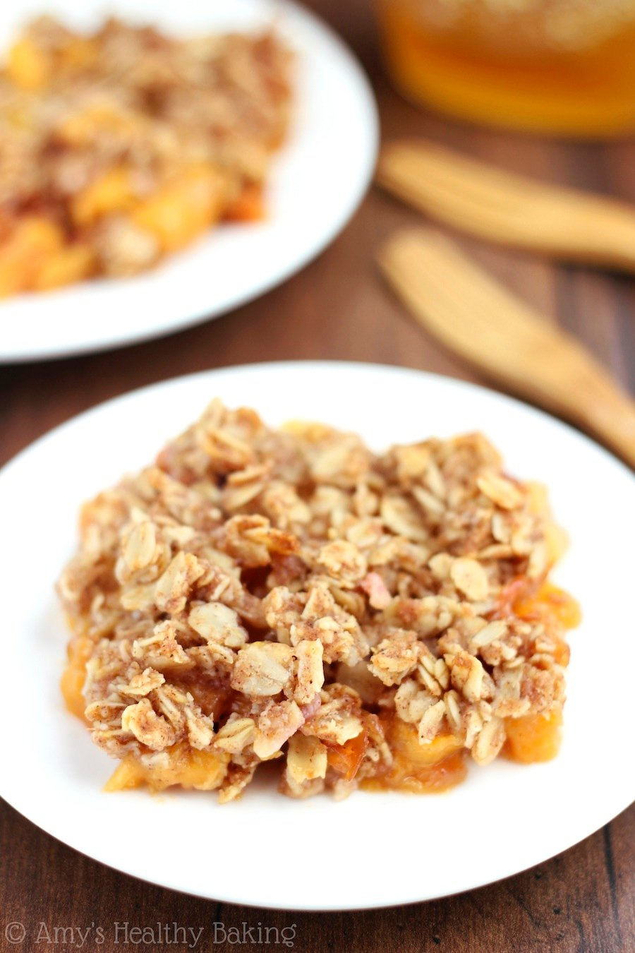 The easiest Peach Crumble recipe you'll ever make -- plus it's healthy & clean-eating!