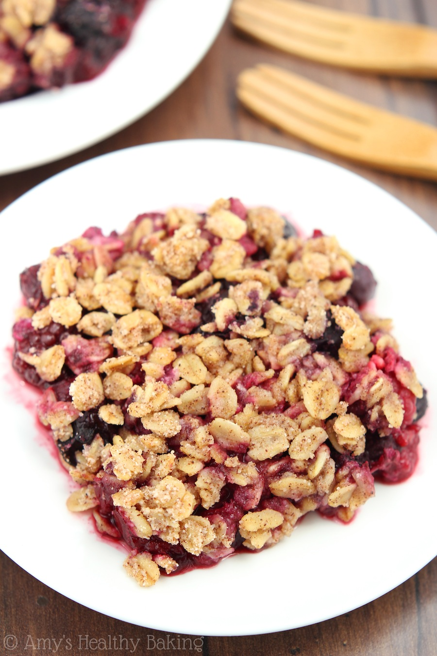 Clean Almond Berry Crumble -- an easy dessert that's healthy enough for breakfast! SO addictive... I ate 4 slices in a day!