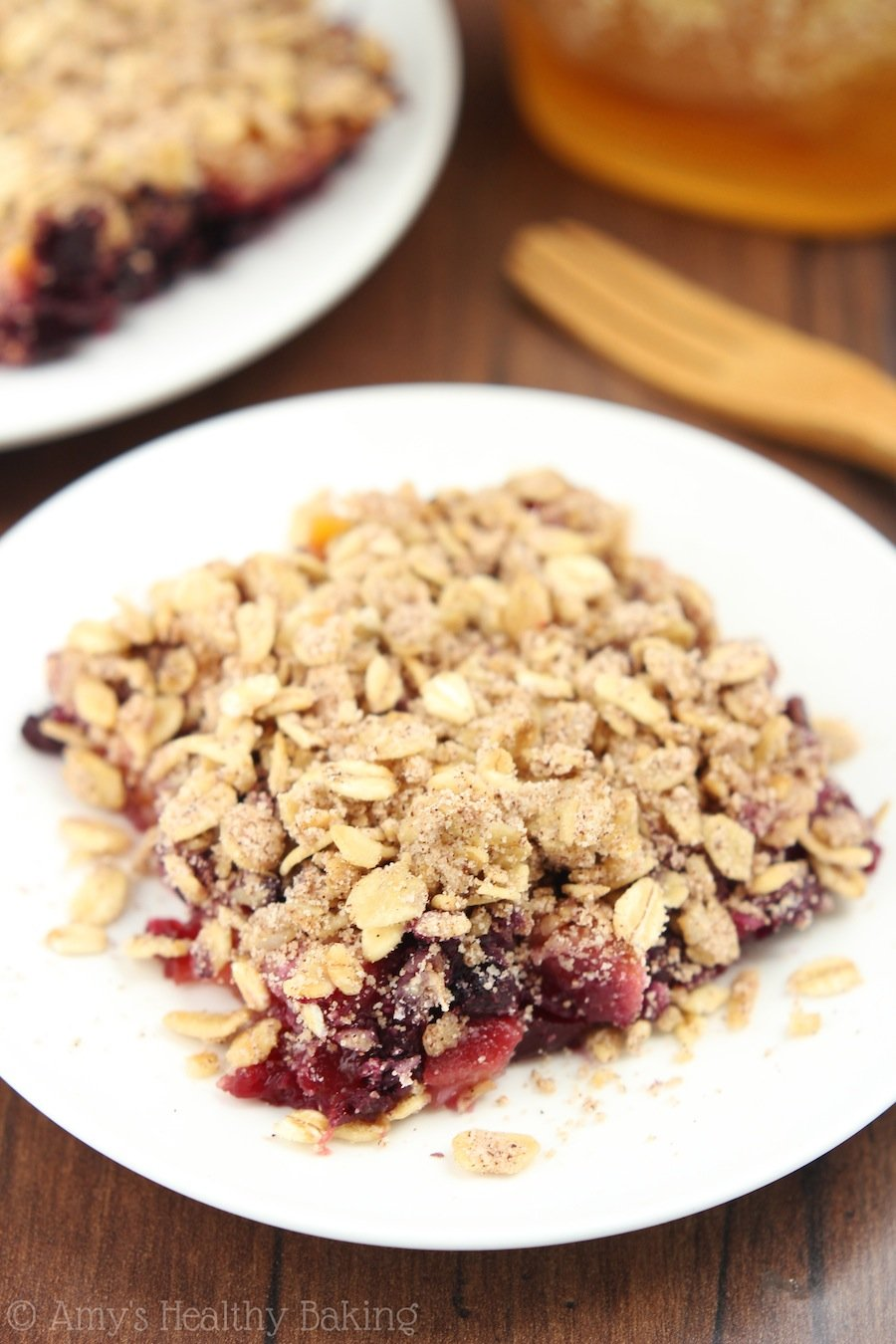 Clean Blueberry Mango Crumble -- an easy dessert that's healthy enough for breakfast! SO addictive... And under 120 calories!