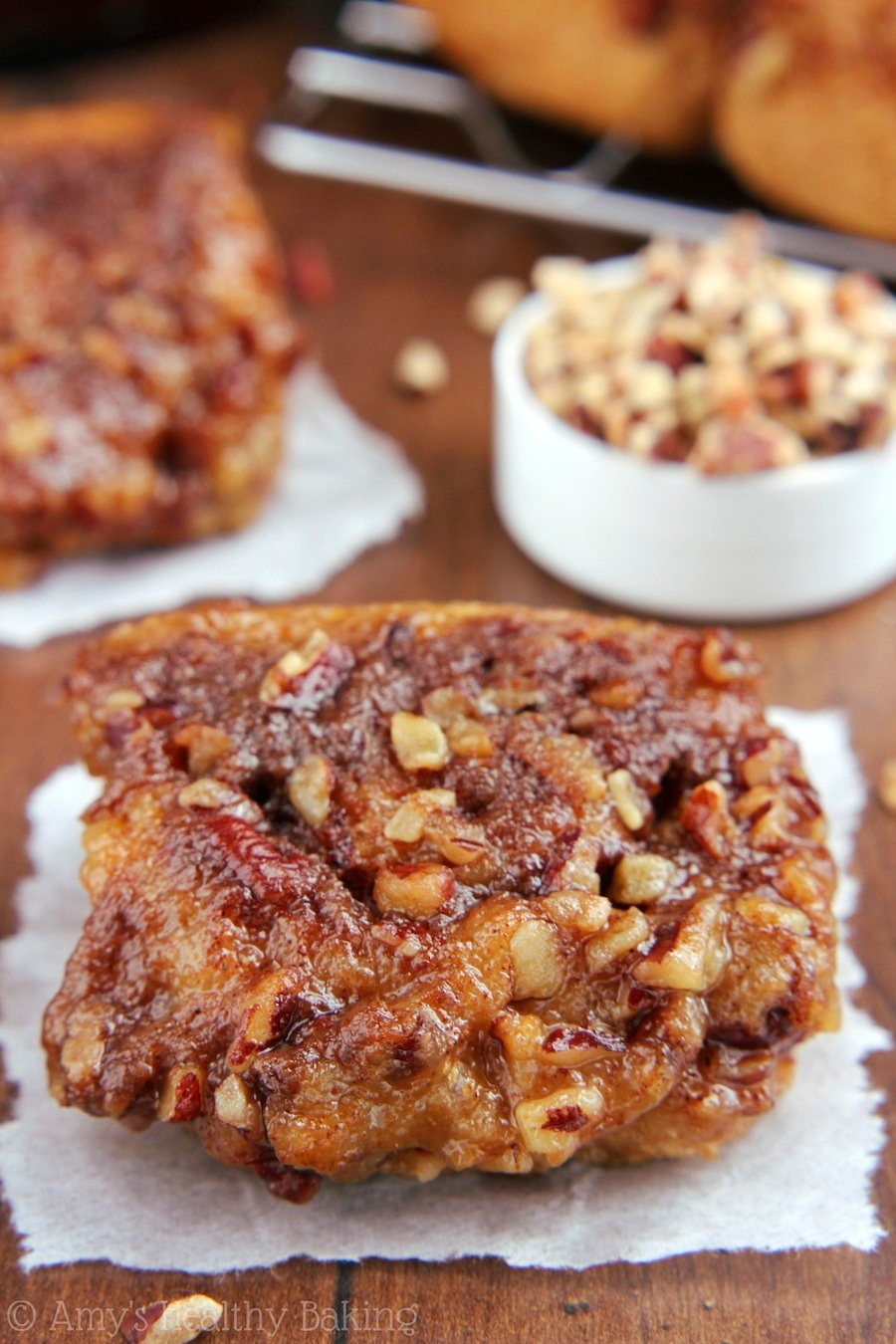 Slow Cooker Sticky Pecan Buns -- these skinny pastries don't taste healthy at all! You'll never eat any other sticky buns again!