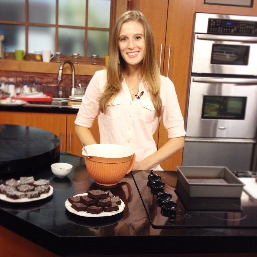 {Amy's Healthy Baking} My first TV appearance on Good Day Sacramento! Sharing recipes for Skinny Pumpkin Pie Smoothie & Peppermint Drizzled Chocolate Fudge Brownies!