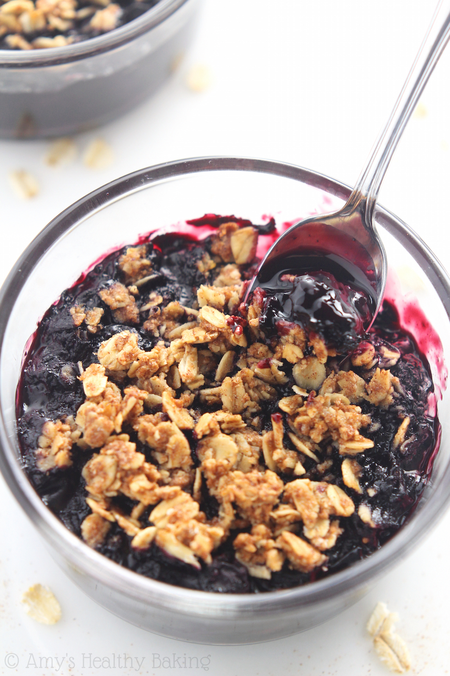 Clean-Eating Blueberry Breakfast Crumbles -- YES, you CAN have dessert for breakfast! They're 100% healthy & so easy to make!