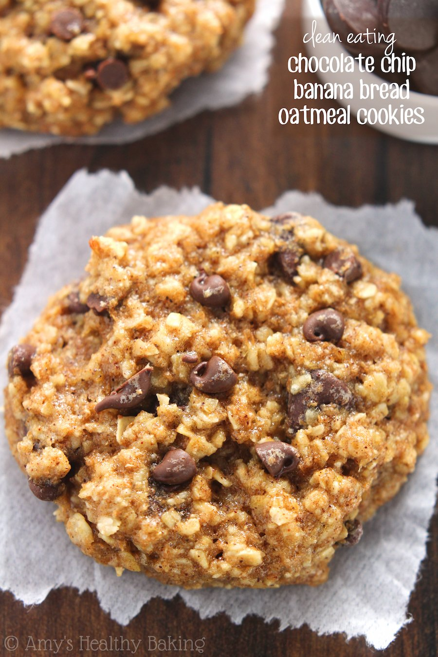 Chocolate Chip Banana Bread Oatmeal Cookies -- these skinny cookies ...