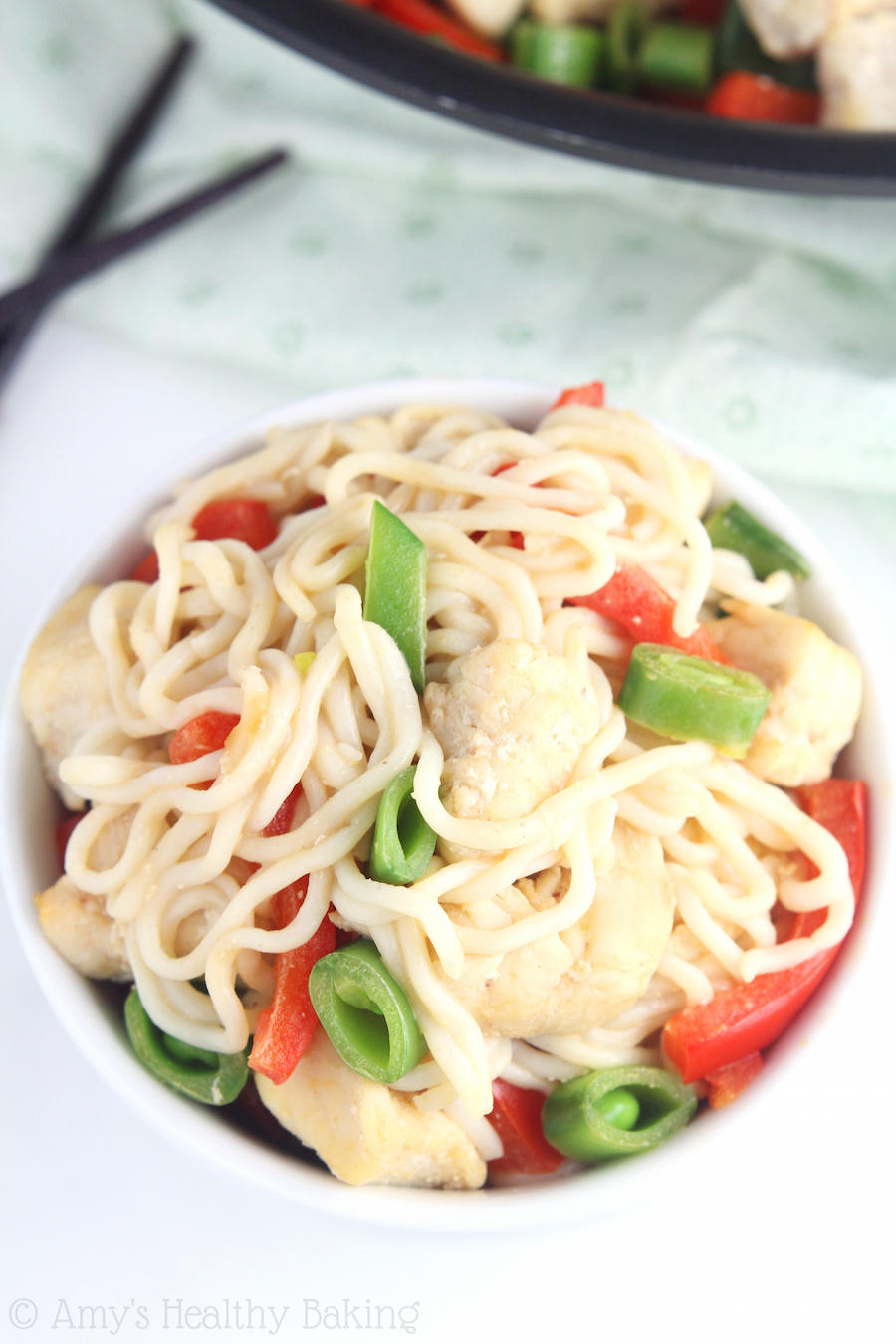 Low-Carb Chicken Peanut Soy Noodles -- an easy, flavorful meal with 29g+ of protein that's ready in just 15 minutes!