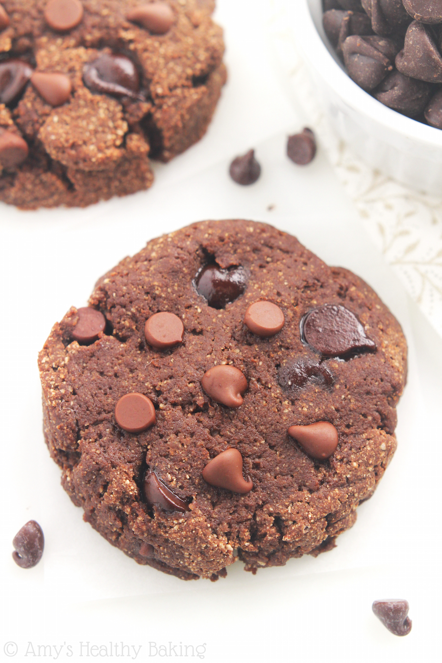 keto chocolate chip cookies coconut flour
