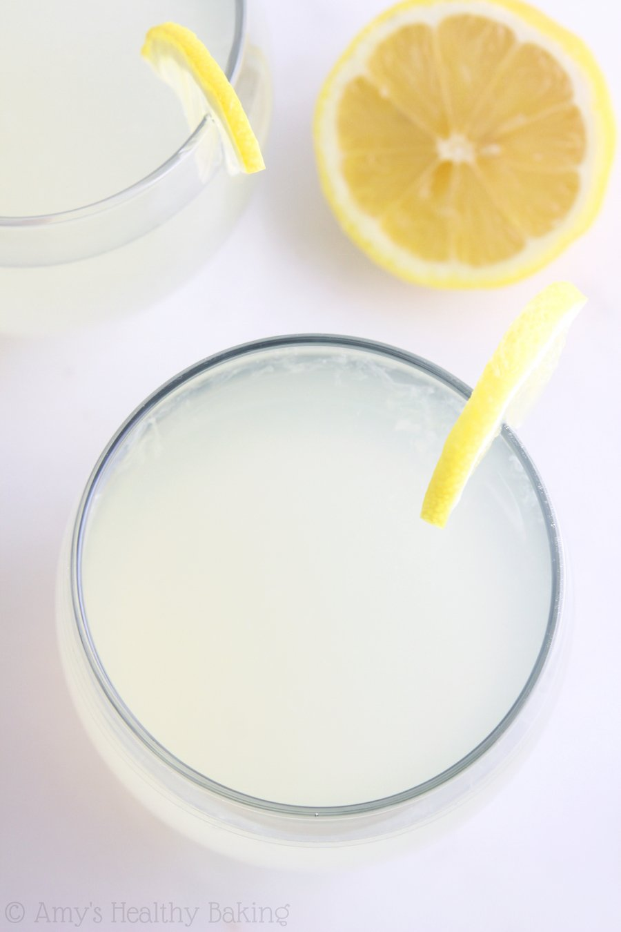 10 Minute Skinny Lemonade -- an easy clean-eating recipe with just 3 ingredients & 12 calories!