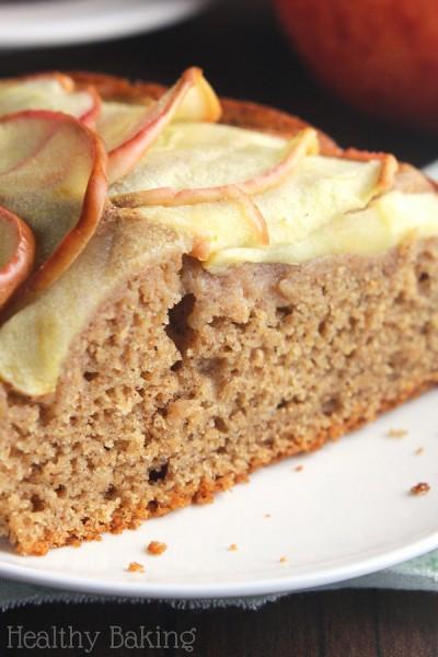 Simple Cinnamon Apple Cake