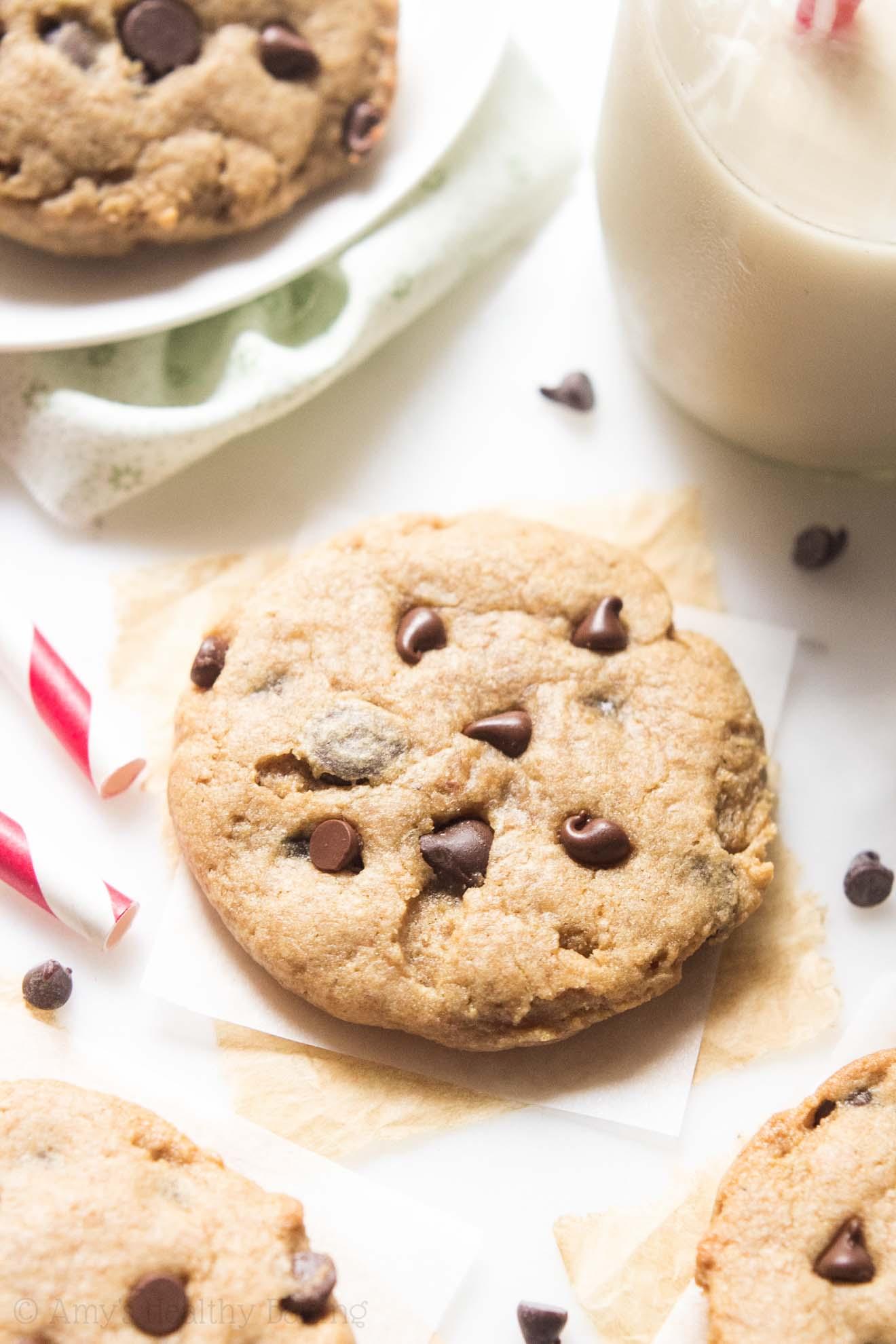 Healthy Banana Chocolate Peanut Butter Cookies
