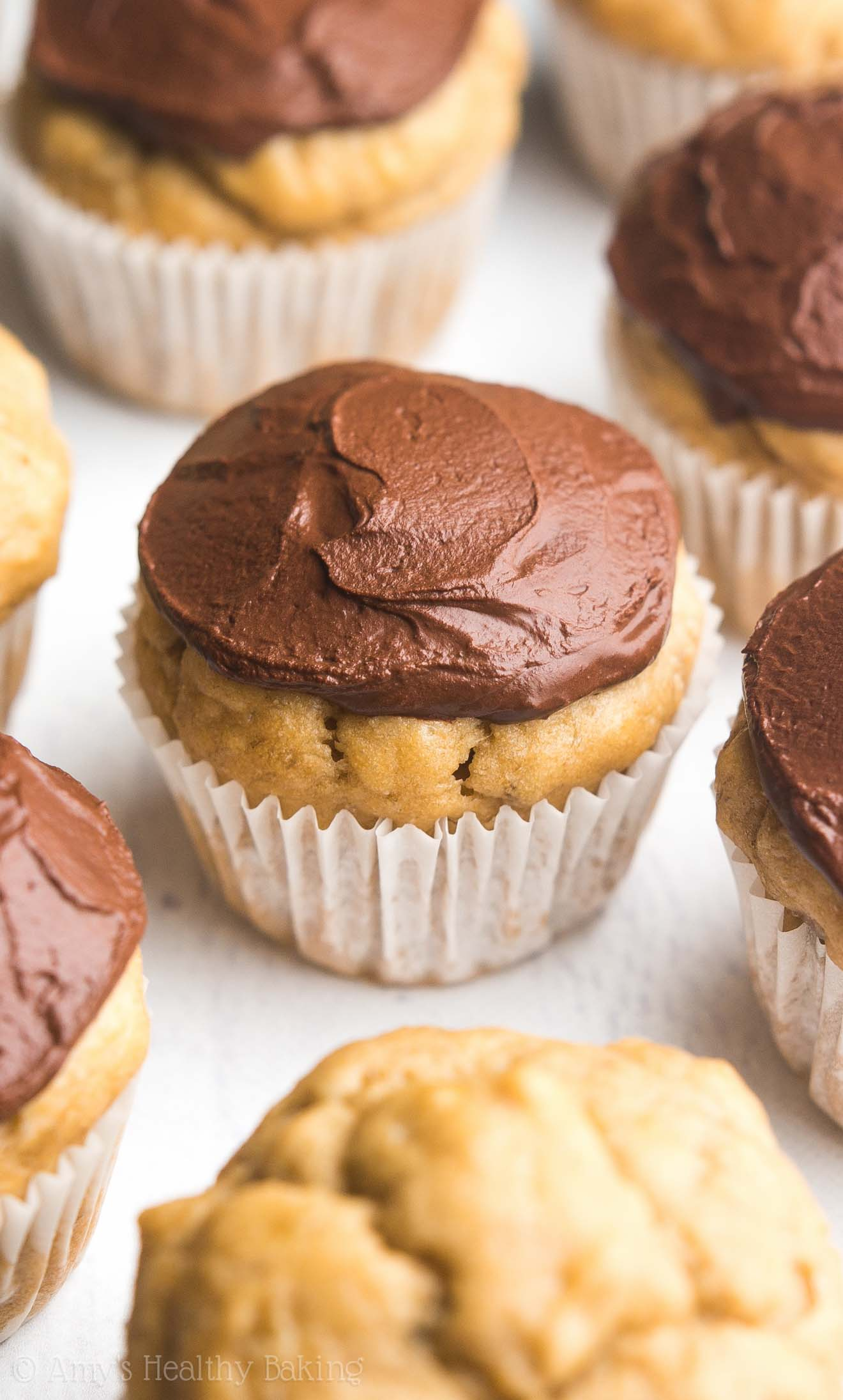 Mini Dark Chocolate Banana Cupcakes So Easy Tender Good