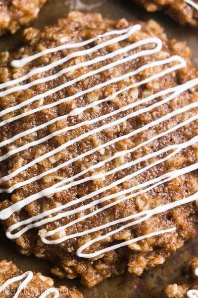 Cinnamon Roll Oatmeal Cookies