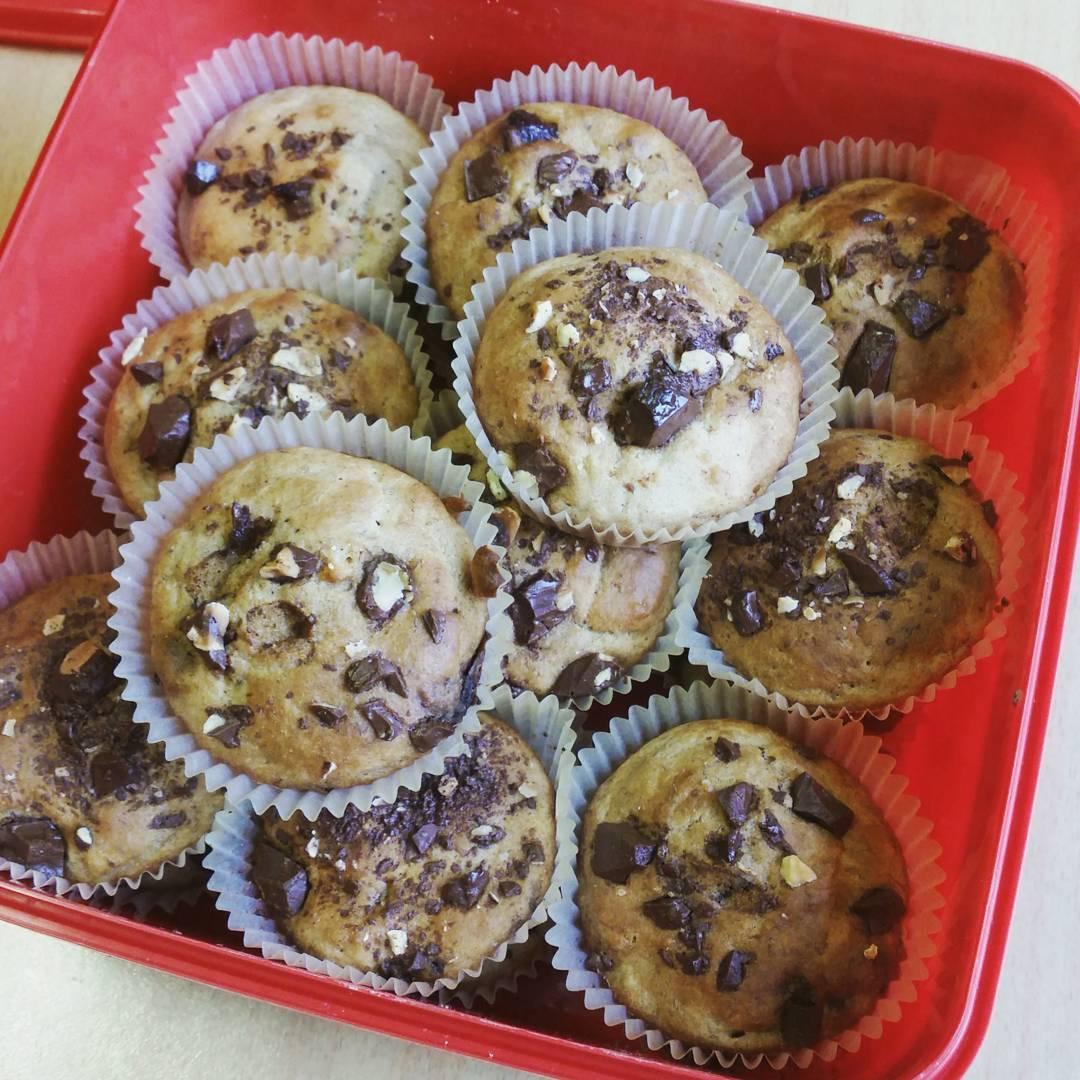 Chocolate Chip Banana Mini Muffins | @myfitgirljourney_anna