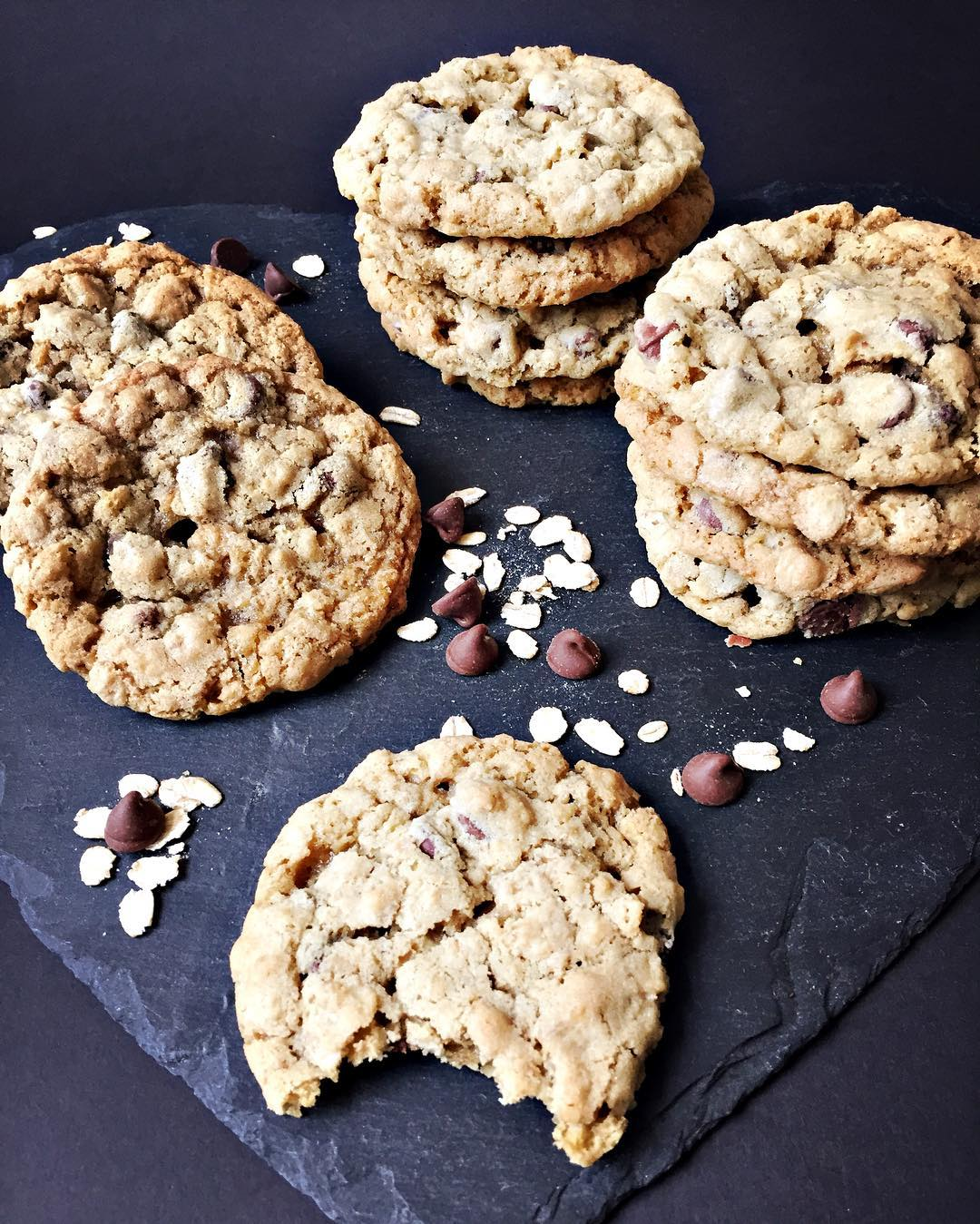 Chocolate Chip Oatmeal Cookies | @somethingaboutcupcakes