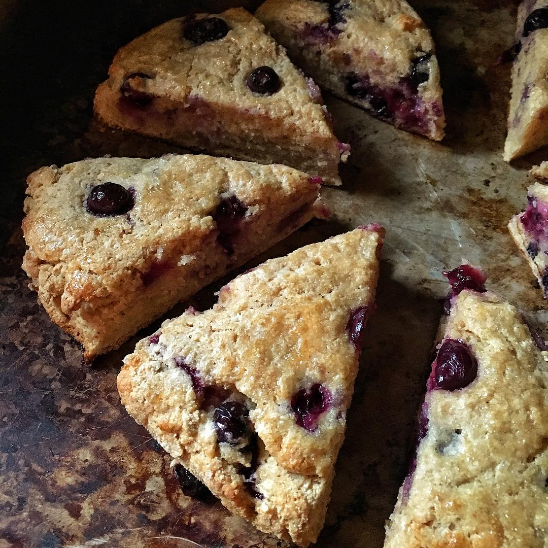 Clean Blueberry Scones | @planprepcook