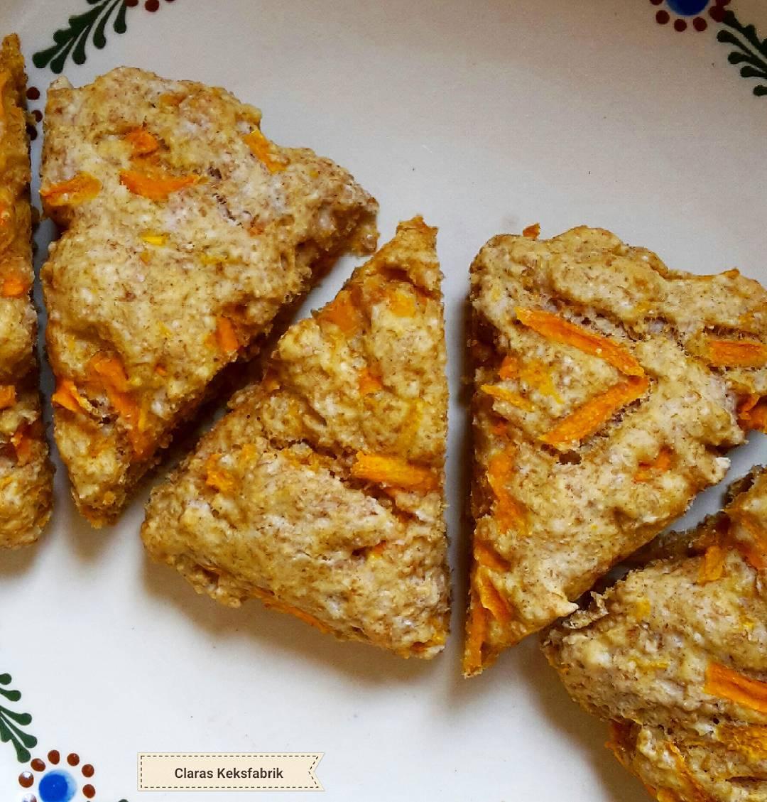 Clean Carrot Cake Scones   @claras_keksfabrik