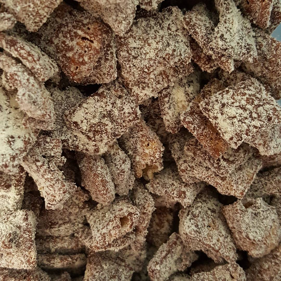 Protein-Packed Skinny Puppy Chow | @jwilliamscc