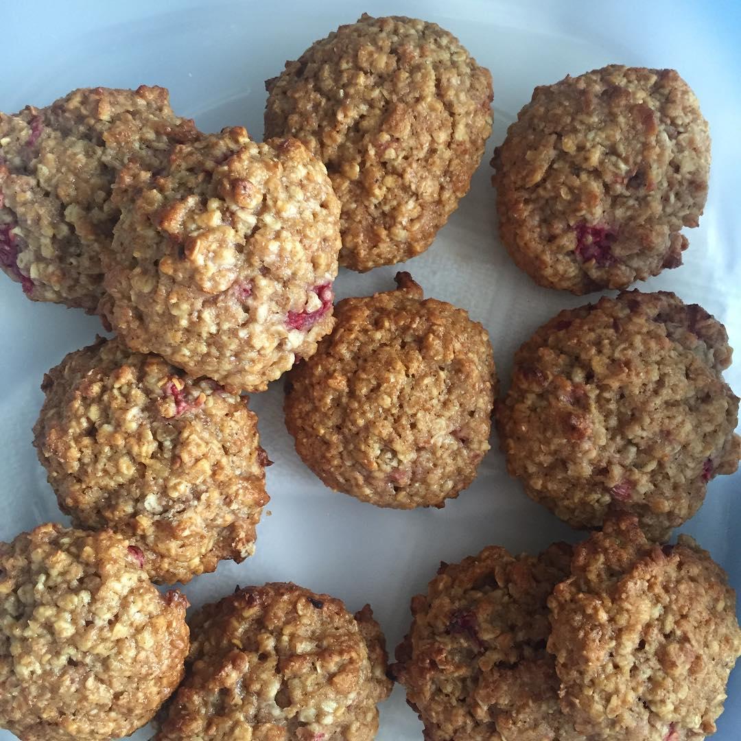 Raspberry Oatmeal Cookies | @bbg_vicki31