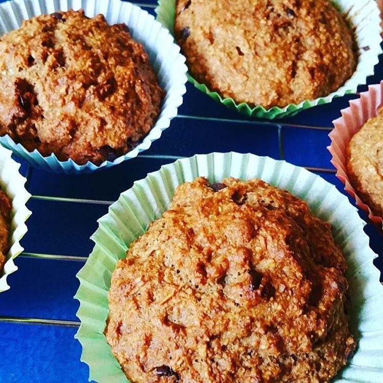 Chocolate Chip Banana Bran Muffins | @stellaberlin