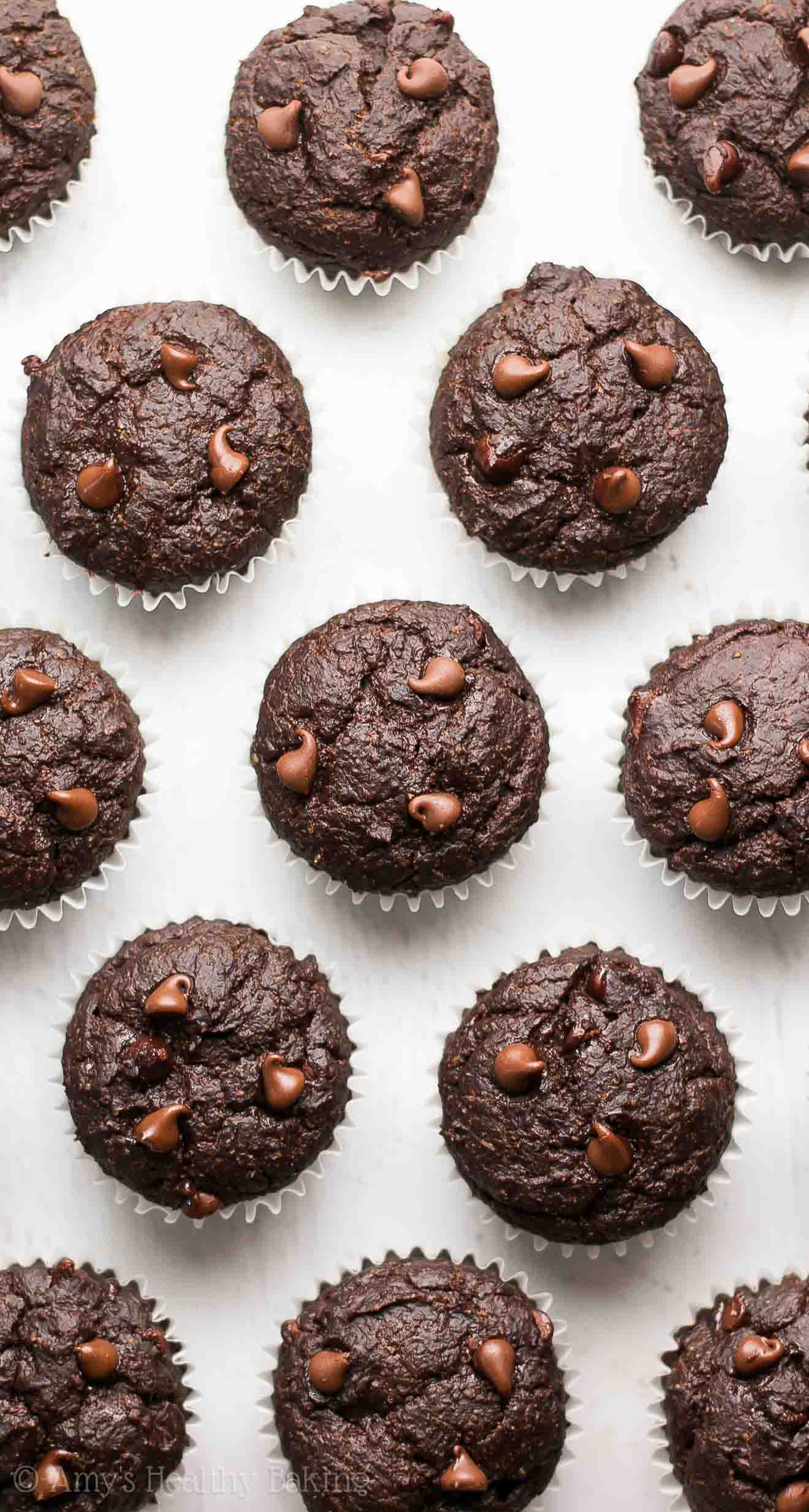 The Ultimate Healthy Chocolate Mini Muffins -- like eating brownies for breakfast! And only 39 calories!