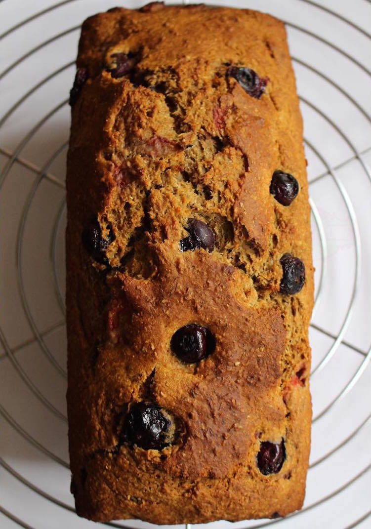Whole Wheat Strawberry Blueberry Banana Bread | @cakes_and_more